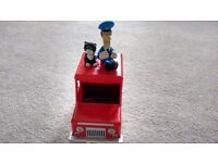 Postman Pat van with Pat and Jesse