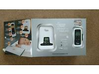 Tommee Tippee digital monitor with movement pad