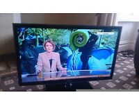 "SAMSUNG 40"" LED TV SMART/FREEVIEW HD/MEDIA PLAYER/WIFI READY/100HZ/ MINT CONDITION NO OFFERS"
