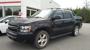 2011 Chevrolet Avalanche LT CUIR TOIT  DVD