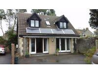 Little detached 2 bedroom house, in fabulous location besides Ellenborough park