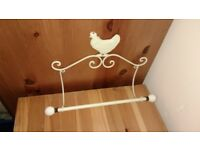 Shabby Chic Metal Kitchen Roll Holder with Chicken Design