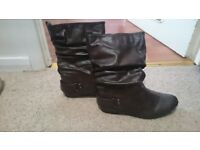 Size 5 brown boots from River Island