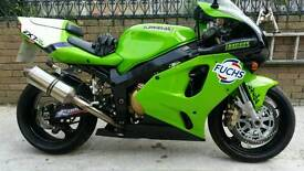 Very clean fast ZX7R for sale