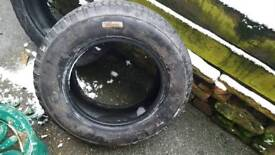 2x colway mud and snow tyre 195/70 r15