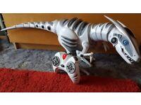 Roboraptor moving figure
