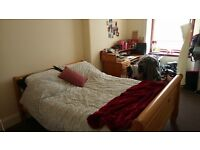 Room available in 2-bedroom flat in the West End