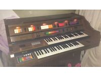 Kimble double keyboard Organ, powers on but Needs internal Clean