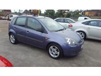 FORD FIESTA AUTOMATIC TOP CONDITION ONLY 44K MILEAGE 12 M MOT AND 3 MONTHS NATIOWIDE WARRANTY