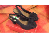 bnib, peep toe , ladies black shoes, size5