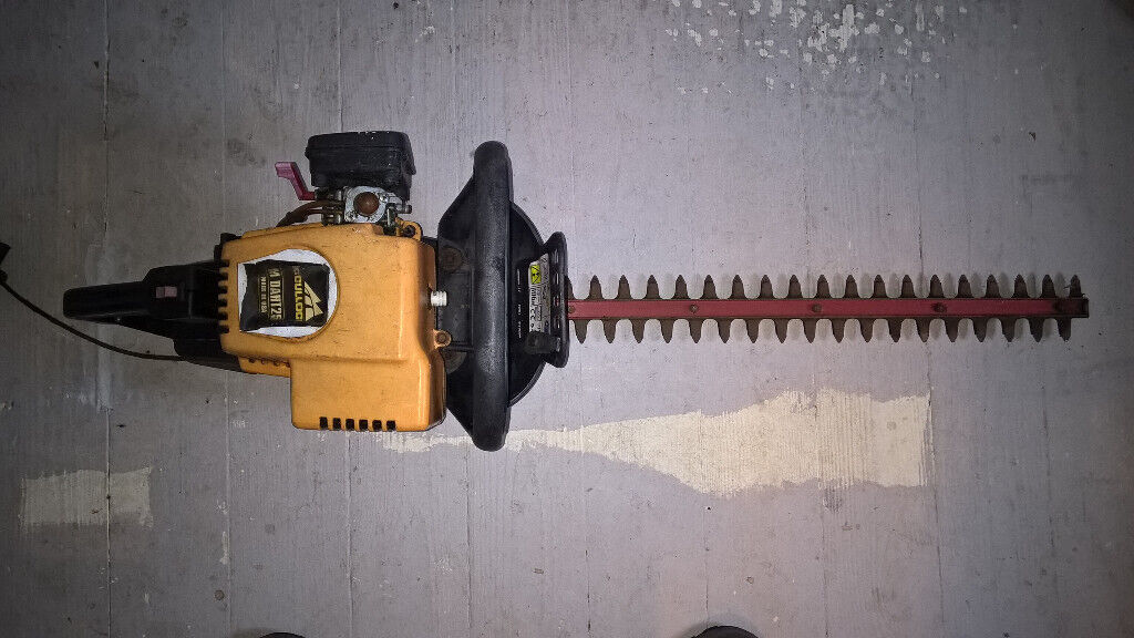McCulloch Petrol Trimmer - Spares or Repair - REDUCED | in Gatley,  Manchester | Gumtree