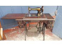 1905 Singer Sewing Machine