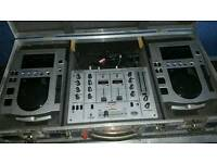 Cdjs mixer in flight case