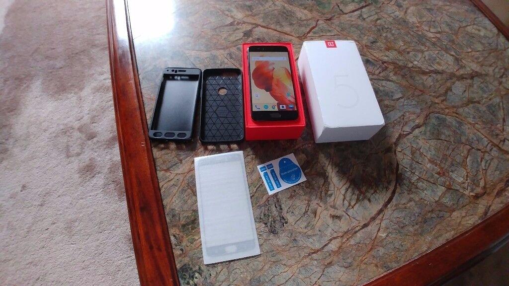 OnePlus 5 A5000 Midnight Black 128GB 8GB Ram Dual Sim Unlocked Smartphone Like New