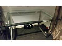 Glass table with 6 chairs a
