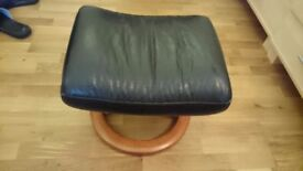 Stressless foot stall. Black leather