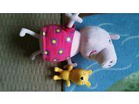 Peppa Pig - Hide and Seek Peppa Toy