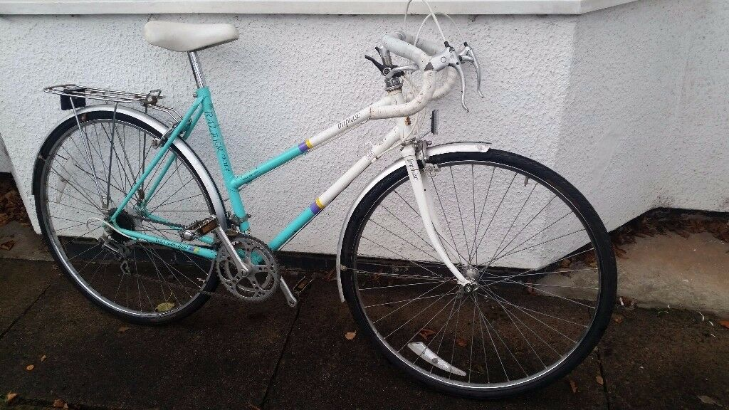 Raleigh Classic Ladies Quality Racer - Ideal Everyday Commuter