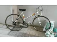 Ladies peugeot racing bike from the 1980s