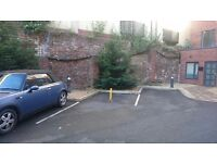 Parking space in block of flats close to the city centre