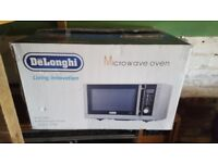 Microwave Oven - large - Delonghi