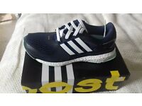 adidas energy boost running trainers. size 5.