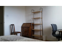 Double room for short-term let in West End flat (with possibility of longer let)