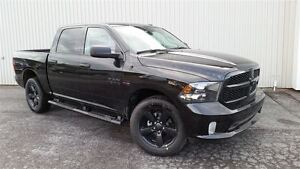 2017 Ram 1500 Express +Ensemble Noir, Hitch+
