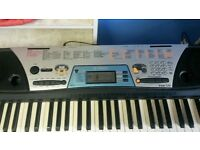Yamaha Electric Keyboard with stand For Sale