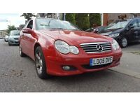 Sporty -- 2005 Mercedes C Class C220 CDI SE Coupe Diesel AUTO --- Glass Pan Roof --- Leather -- C220