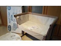 Chicco Next 2 Me Bedside Crib for Safe Co-Sleeping - LIKE NEW