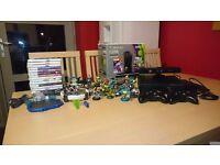 Xbox 360 S +15 games + skylanders