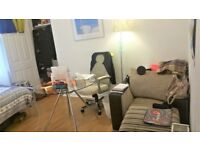 A single bedroom to rent from 5th May - 31st August (4 months rent) Move in dates are negotiable!