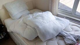 5 Pillows, 2 Duvets and 12 Wooden Hangers