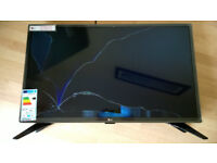 LG 32LH604V 32 inch Smart TV - new, but damaged screen - FAULTY SPARES/PARTS REPAIR