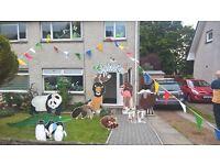 gala day arch - zoo theme