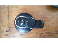 Found Car Keys for a Mini on the road above Duddingston Loch