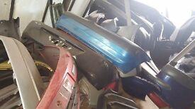 RENAULT CLIO 04 REG REAR BACK BUMPER IN BLUE COLOR