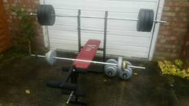 Weight bench with barbell dumbell and over 100kg weight disks set