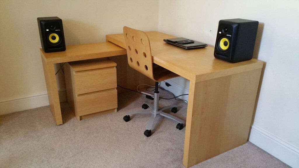 Ikea Malm Desk With Extension Drawers And Chair