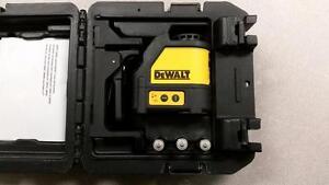 DeWALT Laser Line Generator Set