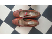 Deichman shoes - Worn once Size 8/ Eur 42 (but at least 7.5)