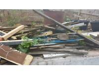 **Free** wood/fence pieces
