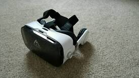 VR Virtual Reality Headset - Built in headphones