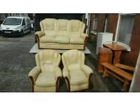 3, 1, 1 cream leather sofa £150 delivered