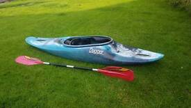 Dagger Kayak with paddle & spray deck