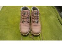 ladies pink timberland boots - size 6
