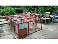 Outdoor rabbit hutch and run combo