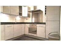 Recently renovated 2 bed conversion in a highly sought after location in Borough.