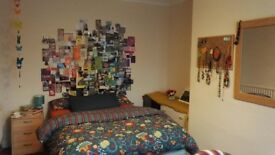 Double room. Gilesgate. 310 £ pm bills included